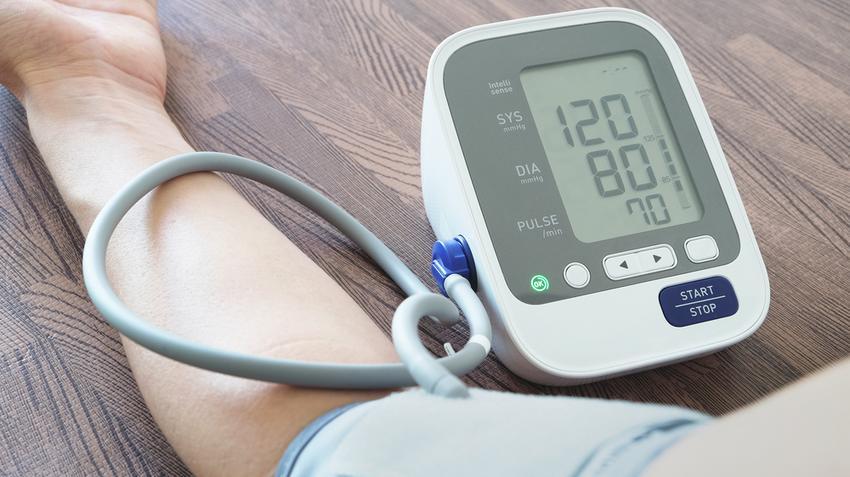 hogyan kell kezelni a magas vérnyomást otthoni gyógymódokkal magas vérnyomás 2 fokú kezelési kockázat