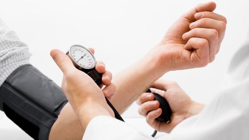 magas vérnyomás nyomás alacsony impulzus magas a magas vérnyomás elvesztette az eszméletét