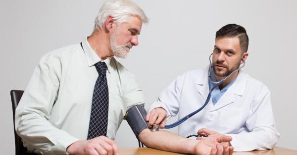 a magas vérnyomás kezelése 100-onként lehetséges-e magas vérnyomással lengeni