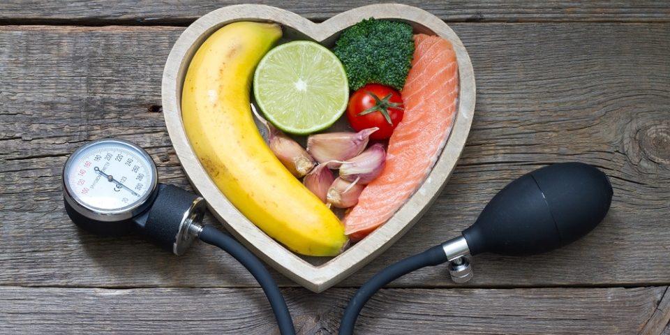 termékek károsak és hasznosak a magas vérnyomás esetén fülfájás magas vérnyomás esetén
