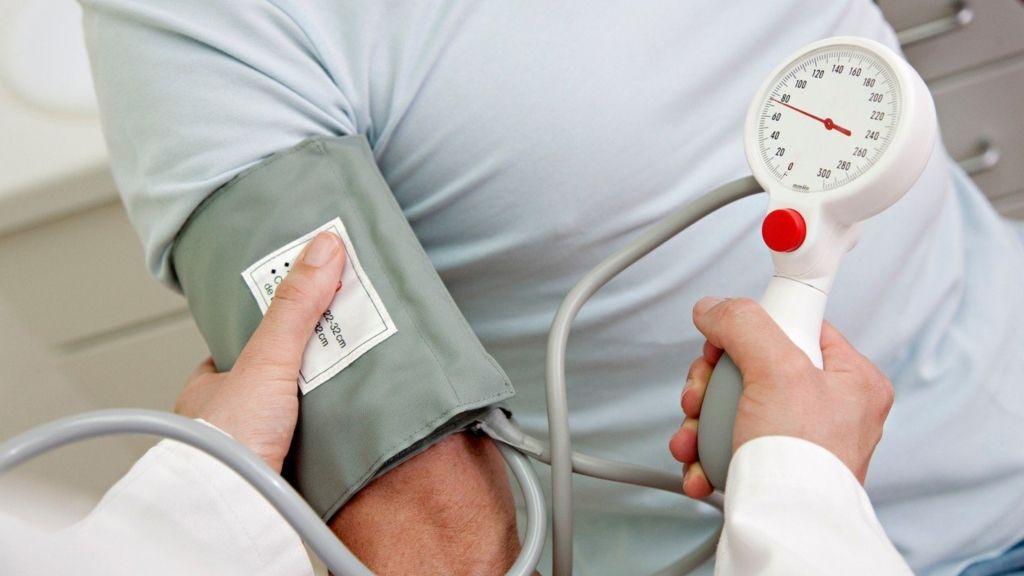 ózon magas vérnyomás ellen a fájdalom jellege a magas vérnyomásban