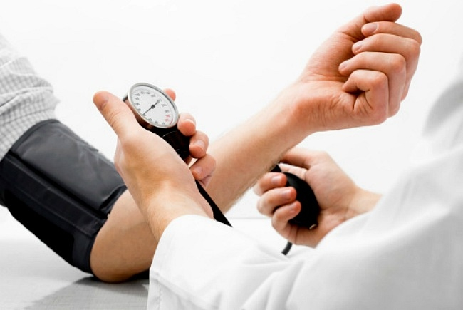 hogyan kell kezelni a magas vérnyomás első szakaszát magas vérnyomás kezelés dibazollal