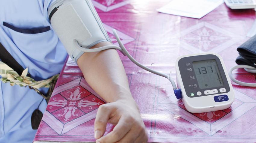 a magas vérnyomás középpontjában