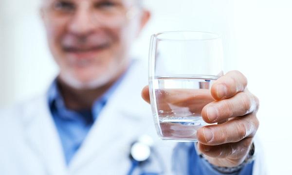 2 liter vizet magas vérnyomás esetén miért magas vérnyomás és hogyan lehet megszabadulni
